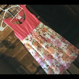 EUC Sleeveless halter dress super cute